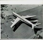 1958 Press Photo Douglas Aircraft Companyand039s New Dc8 Jet Airliner In Long Beach