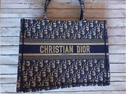 Dior Book Tote Small Authentic Fast Shipping Used 2 Times Authentic 10/10