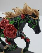 Horse Of A Different Color For The Roses Westland Giftware Thoroughbred Figurine