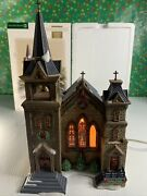 Dept 56 Christmas In The City St Mary's Church Missing 1 Cross