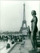 1989 Paris Eiffel Tower Has Become Hundred Years Ol - Vintage Photograph 3751192
