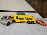 Vintage Structo Auto Transport 22 Chrome Cab Yellow Hauler W Ramp And 2 Cars