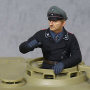 Pe10 1/35 Figure Ww2 German Army Ming-ss Tank Soldier Tiger Commander Officer