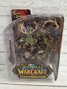 Dc Unlimited World Of Warcraft Action Figure Broll Bearmantle 7 Inch - Series 2