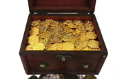 Seven Seas Pirates Toy - Shiny Gold Coins With Treasure Chest - Lot Of 200