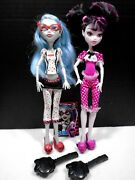 Monster High Dolls Dead Tired Draculaura And Ghoulia W Movie, Brushes Andchecklist