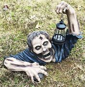 Large Head Shot Walking Dead Zombie Crawling Out Of Grave Solar Led Lamp Statue