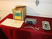 64 Oldsmobile 88 98 Nos Am Push Button Delco Radio Olds