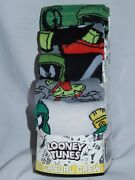 New Marvin The Martian Figure 5 Pair Looney Tunes Video Game Crew Socks 10-13
