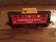 Lionel 36680 Red/black/yellow Pennsylvania Porthole Caboose New In Box