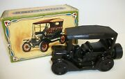 Vintage Avon Touring T Car Excalibur After Shave Bottle Decanter Full With Box
