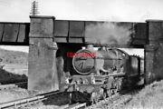 Photo Gwr 7034 Ince Castle On Goring Water-troughs 1951