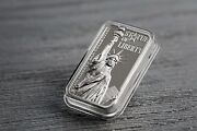 10 2017 Cook Islands - The Liberty Bar Collection - Statue Of Liberty