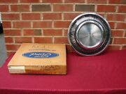 75 Lincoln Continental Nos Hubcap Pt D5vy-1130-k