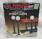Lionel Set Of 3 Working Globe Street Lamps With Box