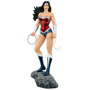 Highly Collectable Wonder Woman New 52 16th Scale Limited Edition Statue