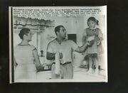 Original August 25 1957 Rocky Marciano And Wife And Daughter Boxing 7 X 9 Wire Photo