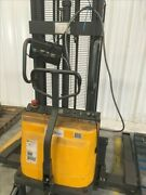 Northern Industrial Tools Ctd10b Electric Stacker B40151