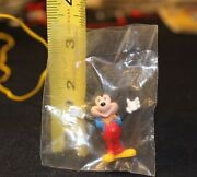 Lionel Train Mickey Figure From Disney Mickeyand039s World Tour Train Set New Sealed