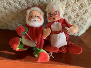 """Vintage Annalee Mobilitee Doll, Inc. Santa Claus And Mrs. Claus On Chair 1971 7"""""""