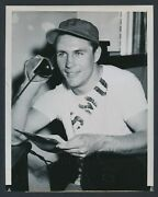 1950 Doak Walker, Signs Three Year Deal With The Detroit Lions Football Photo
