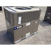 York Pce4a3021 2-1/2 Ton Convertible Rooftop Air Conditioner 14 Seer R-410a