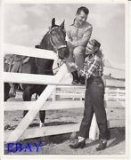 Jack Carson W/cowgirl Patricia Neal In Jeans Candid Vintage Photo