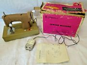 Vintage Portable Signature Junior Sewing Machine In Case Works Made In Japan