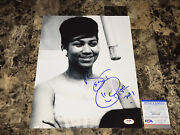 Aretha Franklin Rare Hand Signed Autographed 11x14 Photo Psa Dna Queen Of Soul