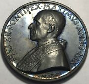 Vatican - Pope Pius Xii - 1950 - High Relief Annual Papal Medal By Mistruzzi