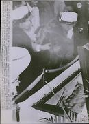 Lg832 1972 Wire Photo Mourning Mahalia Jackson Grief Lady Gospel Singer Funeral