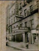 Lg839 1975 Wire Photo End Of The Road For Young Runaway Hotel Belmore New York