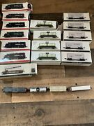 Set Of Southern Pacific, Locomotive 9725 Model Train Display Toys