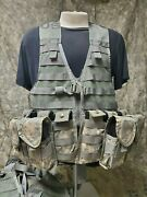Us Army Acu Molle Fighting Load Carrier Bearing Vest W/ Mag Pouches And Med Pouch