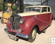 1946 Rolls Royce Wraith Front Grille Damaged
