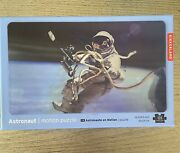 Kikkerland Astronaut 3d Lenticular Motion Puzzle Toy 135 Pieces Nasa Space Earth