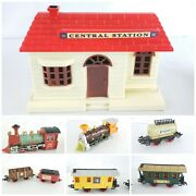 Goldlok Toys Train Set 8 Pc Vintage Working Condition Battery Operated