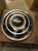 16 1973 74 75 Chevrolet 30 Pickup Drw 6 Slot Hubcap Wheel Cover Front Only