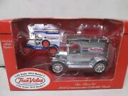 Ertl True Value 1913 Model T 1/25 And 1/43 Scale
