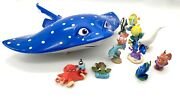 Finding Dory Disney/pixar Figures And Mr. Ray Toy Case