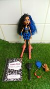 Monster High Doll - Robecca Steam - Wave 1 Signature Complete - Great Condition