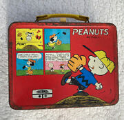 Vintage Peanuts Snoopy Metal Lunch Box - 1965 United Features - No Thermos, Nice
