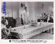 Yvonne Decarlo Clark Gable At Table Sidney Poitier Band Of Angels Vintage Photo