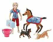Breyer - Day At The Vet Doll And Animals Set - 8 Pieces