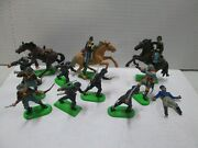 12 Britains Lead And Plastic Soldiers With Horses