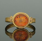 Ancient Roman Gold Intaglio Ring With Eagle - 2nd Century Ad   077
