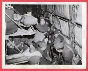 1942 Close Quarters On A Troopship In Northern Ireland 7x9 Original News Photo