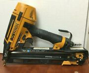 Bostitch Btfp72156 Smart Point 15 Gauge Finish Nailer For Parts Or Repair