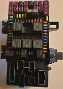 New 2004 Ford Lincoln Navigator.      Fuse Box Never Used
