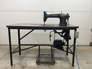 Vintage Antique Singer Model 31 Heavy Duty Industrial Sewing Machine With Table